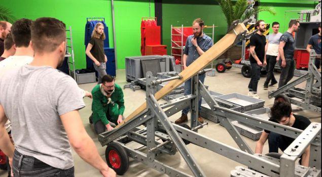 Middeleeuwse Machines: Bouw strijdwagen en blijde!