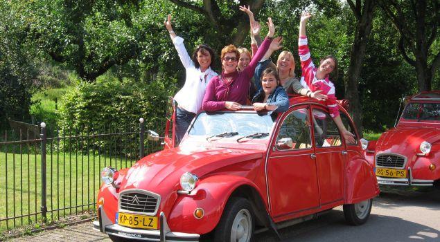 2CV tour met teambuilding rally