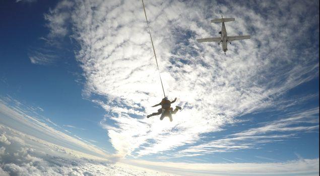 Tandemsprong parachutespringen