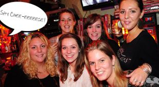 Pub- en/of Companyquiz Dinerspel