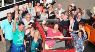 2CV tour met teambuilding rally